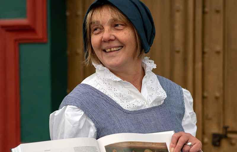 Agnes, der Pfarrhauserin